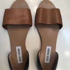 Steve Madden black and brown flats